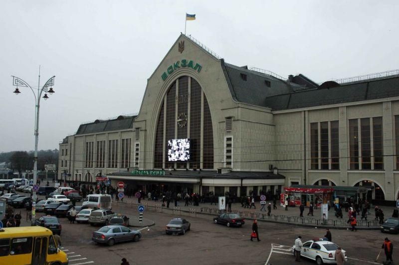 Укрзализныця отменила карантинные ограничения в региональных поездах