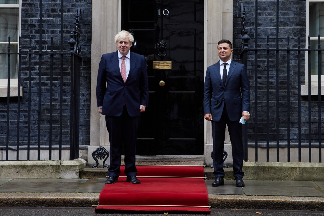 """""""Наш президент был очень четким"""". Зеленский в Лондоне попросил для Украи..."""