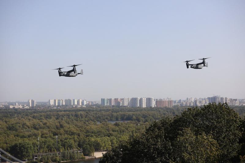 Американские конвертопланы над Киевом