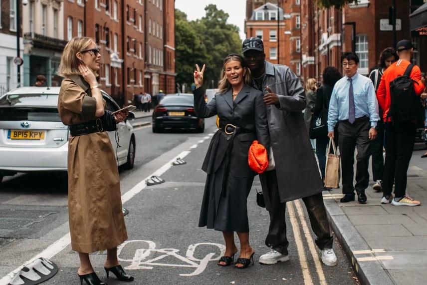 Мода улиц: самые стильные гости показов Недели моды 2019 в Лондоне