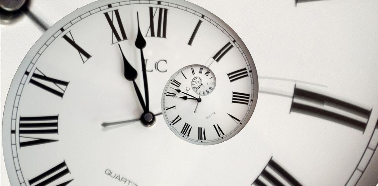Европарламент принял решение об отказе от перевода часов