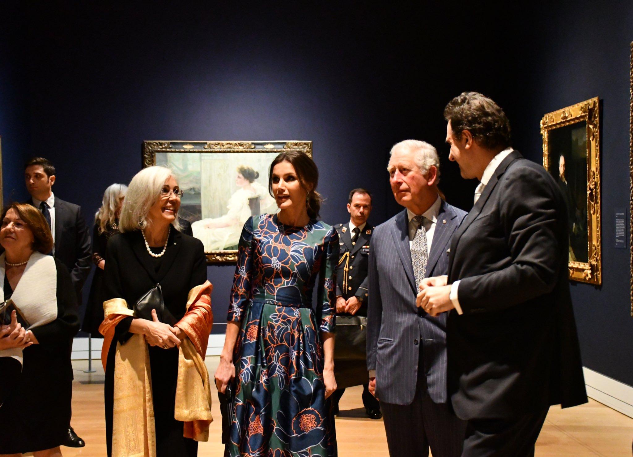 Принц Чарльз флиртовал с королевой Летицей перед картинами испанского им...