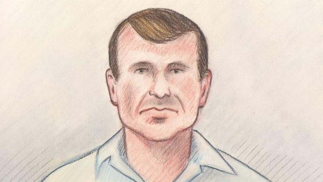 Шефа разведки конной полиции Канады судят за попытку сбыта секретной инф...