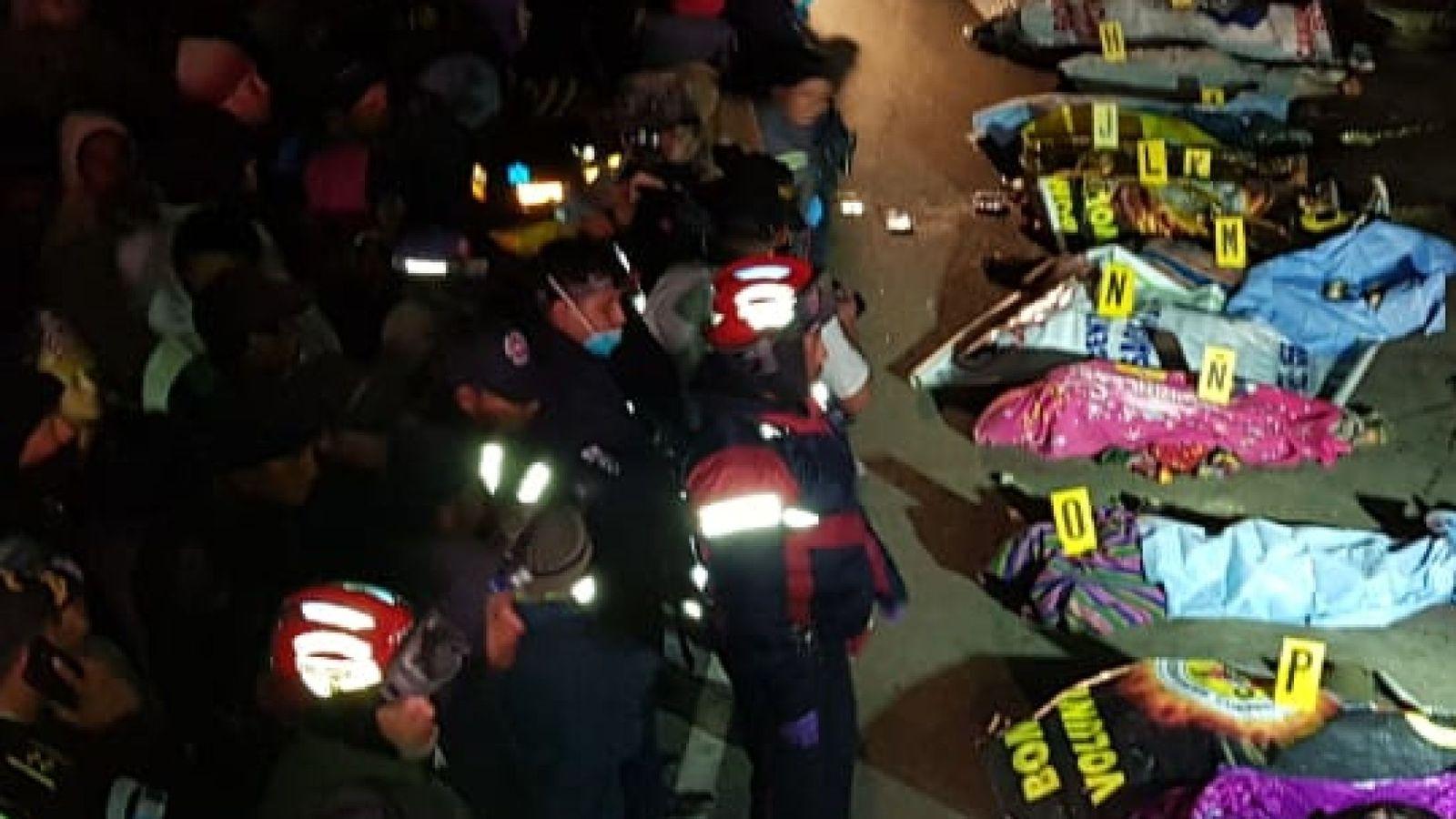 В Гватемале грузовик влетел в толпу людей, погибли 32 человека
