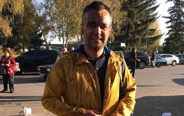 Полиция установила личности людей, обливших нечистотами журналиста Гнапа