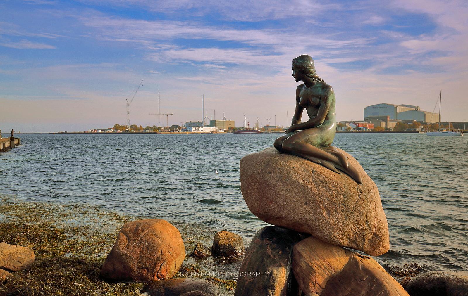 Русалочка из Копенгагена празднует свое 104-летие