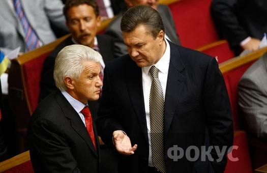 Литвин пригрозил заблокировать зарплату тем, кто блокирует трибуну