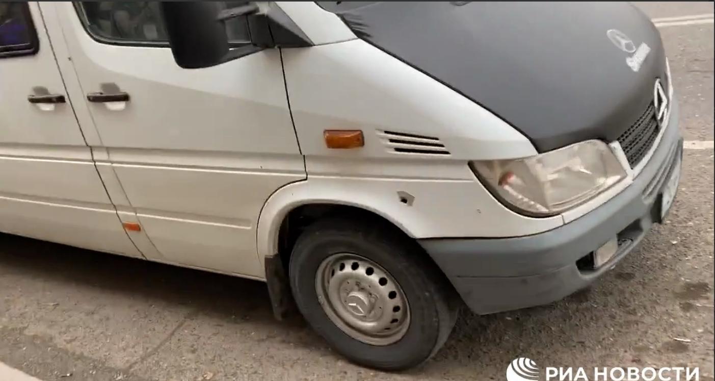 В Нагорном Карабахе под обстрел попал автобус с российскими журналистами