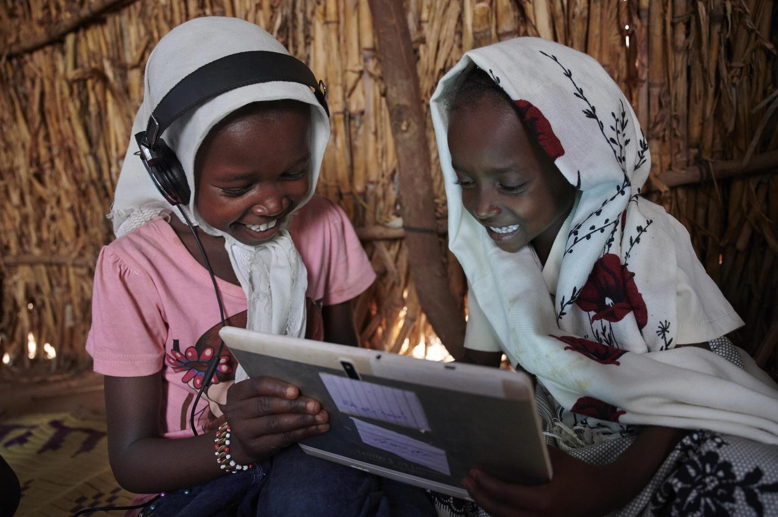 Ericsson и ЮНИСЕФ подключат к интернету все школы в 35 странах