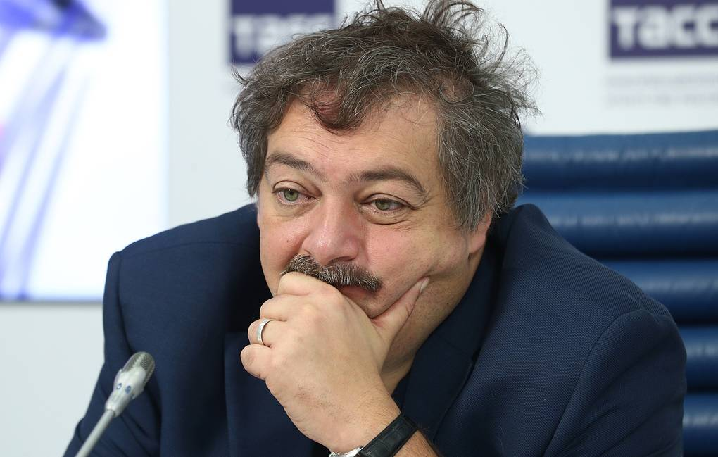 У писателя Быкова диагностировали инфаркт головного мозга