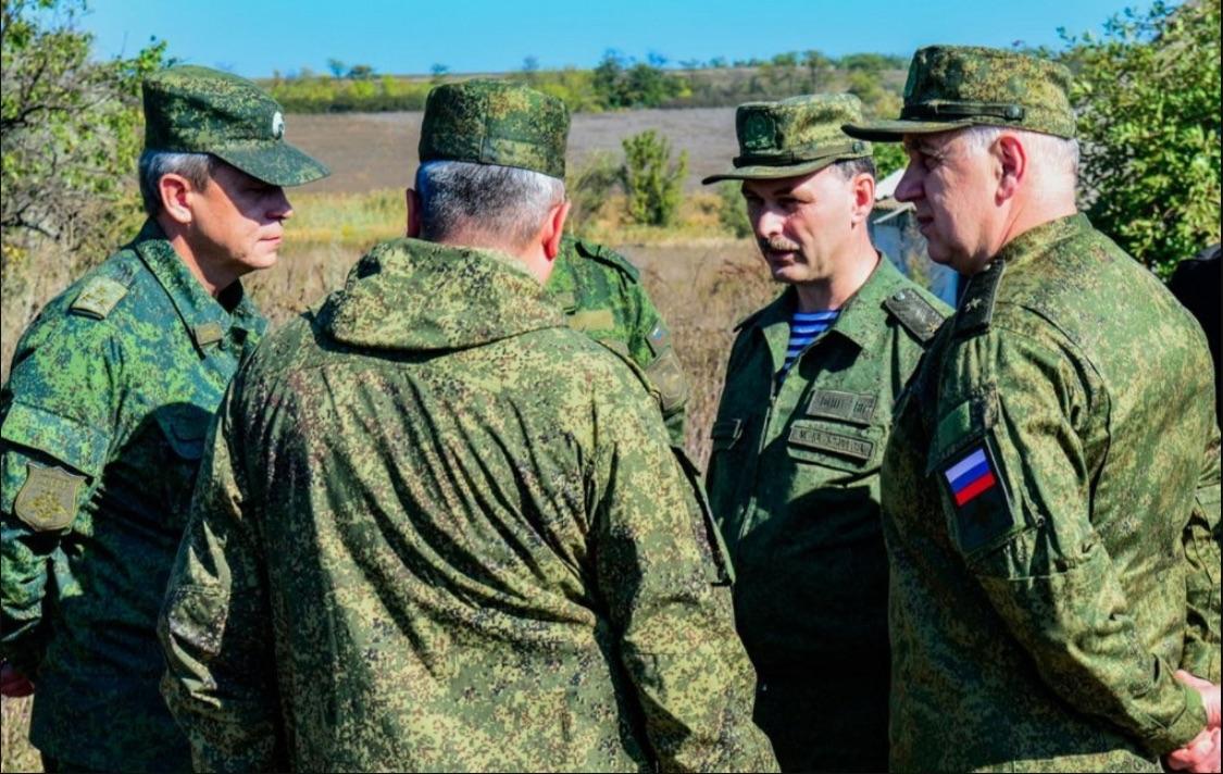Российские офицеры из СЦКК вернулись в РФ