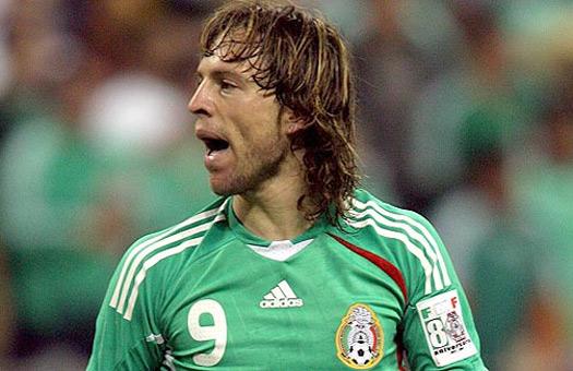 Еще один футболист умер от сердечного приступа