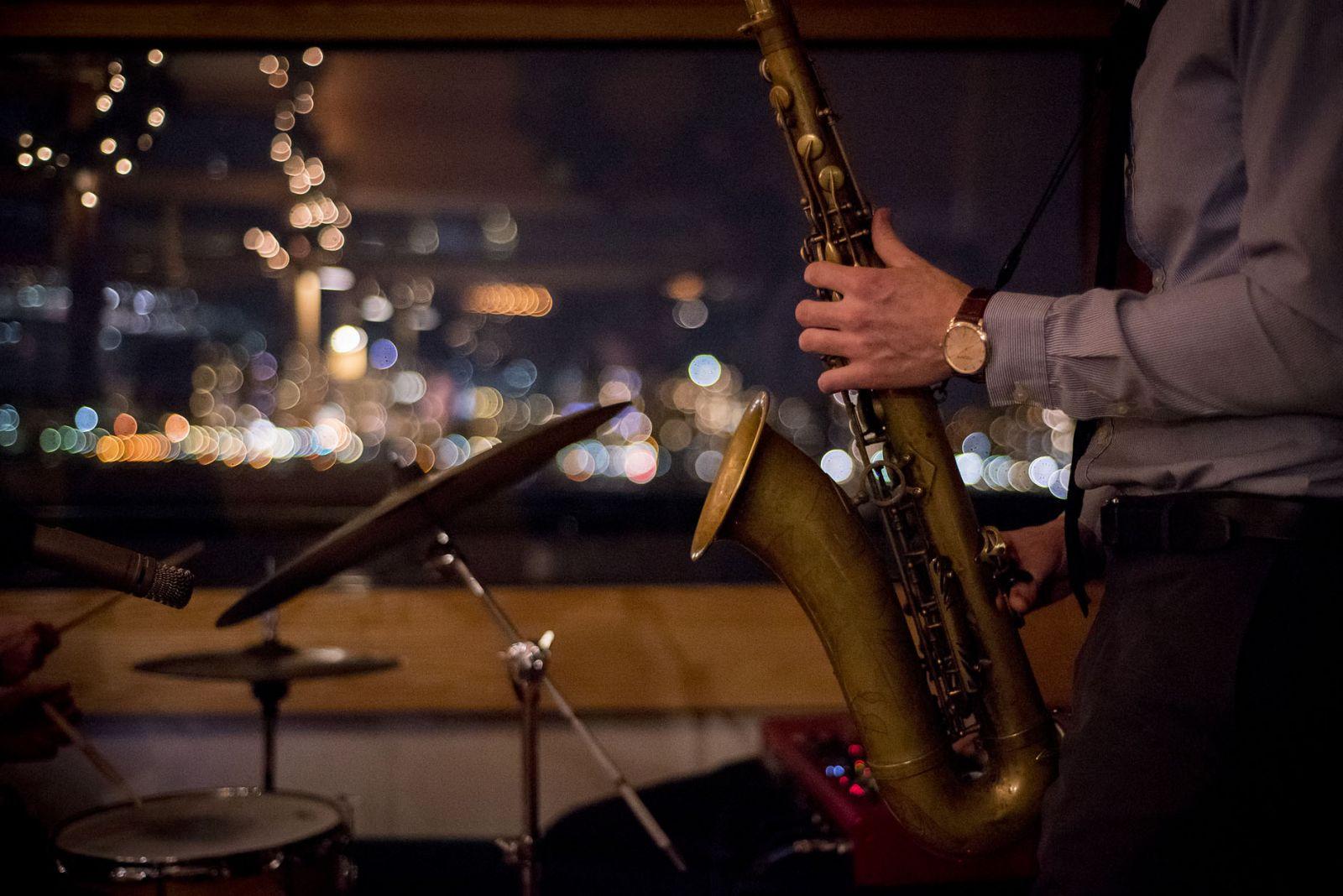 Новогодний джаз и «8 женщин» Франсуа Озона. 5 событий выходных, которые...