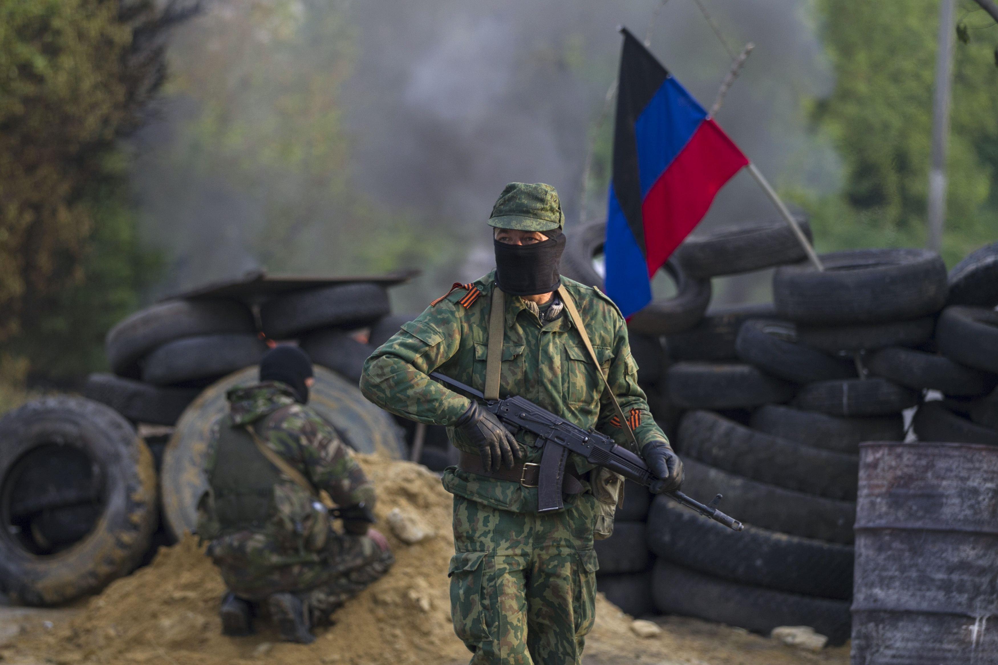Разведка: За сутки боевики в Донбассе потеряли троих убитыми, еще троих...
