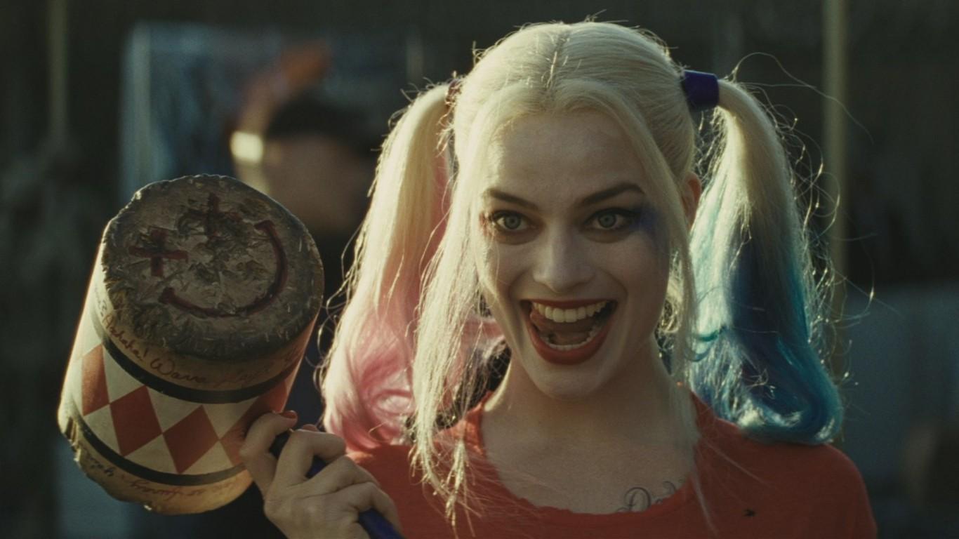 В преддверии Хэллоуина Харли Квинн и Джокер стали самыми популярными пер...