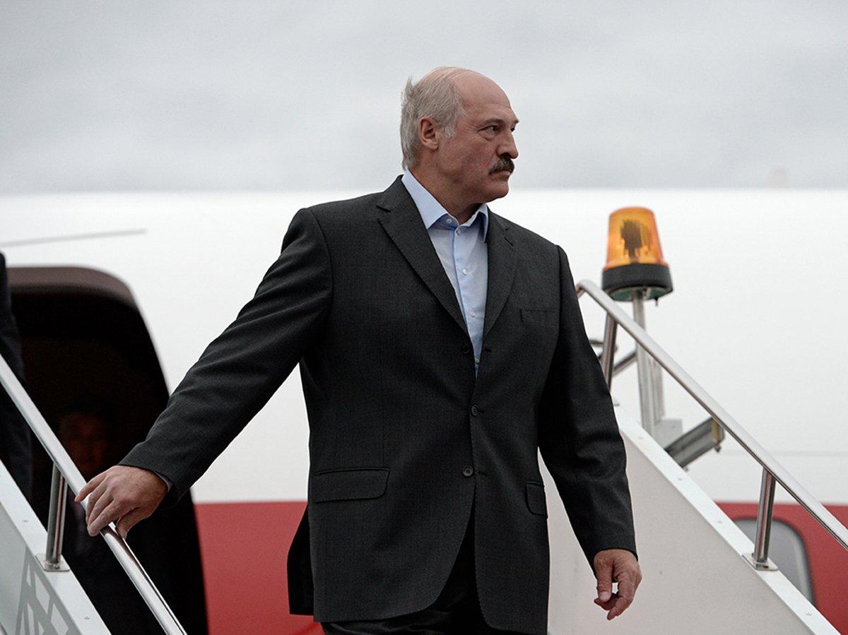 Европарламент перестанет признавать Лукашенко главой Беларуси после 5 но...