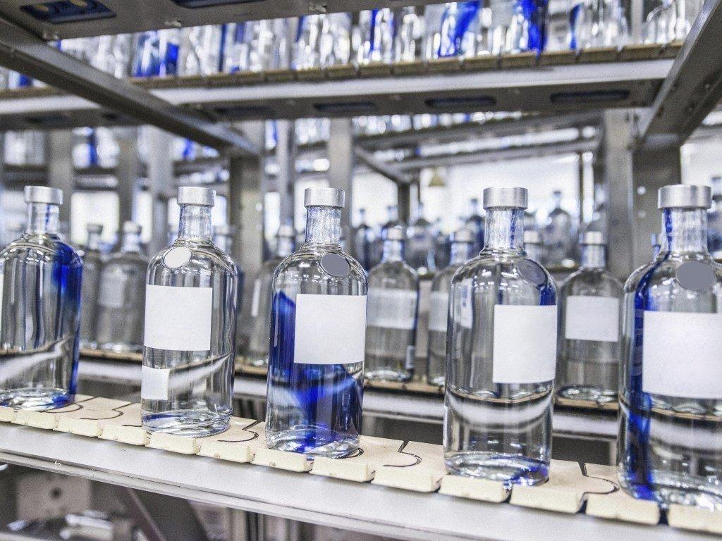Рада в первом чтении проголосовала за отмену госмонополии на производство спирта