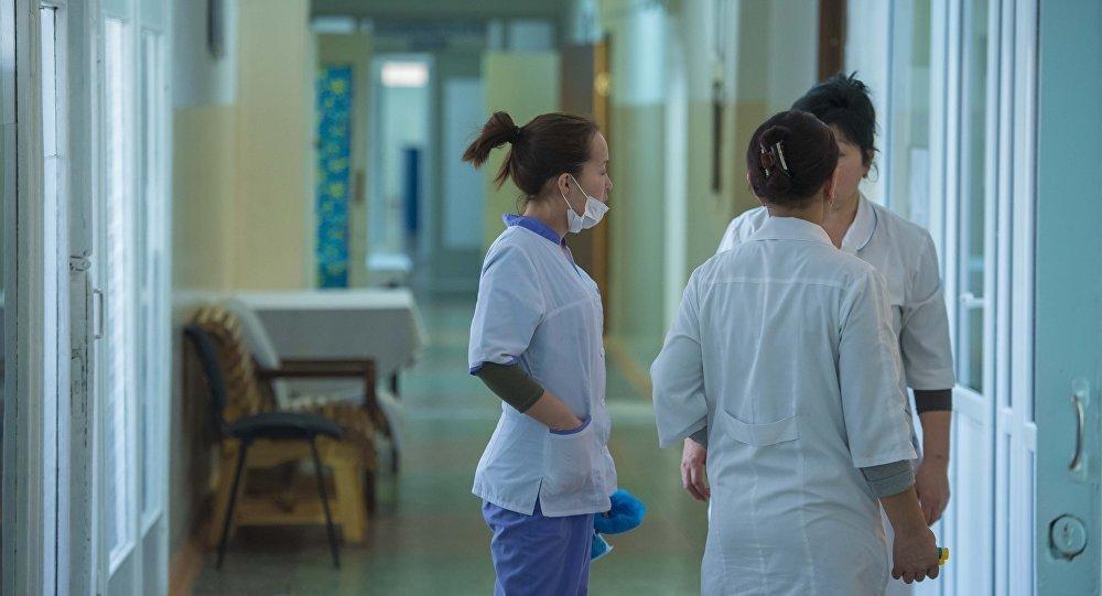 В Ужгороде госпитализировали еще двоих студентов с дифтерией