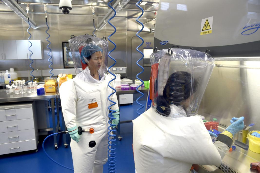 """В Ухане назвали """"чистой выдумкой"""" теорию об утечке коронавируса SARS-CoV..."""