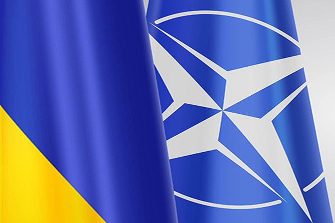 Штаб-квартира НАТО готова принять украинского сотрудника на работу,  – и...