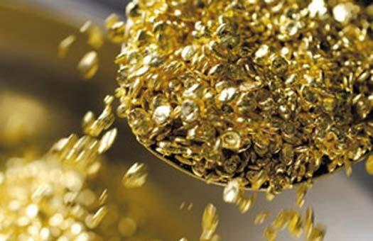 Золото рекордно подорожает, - аналитики