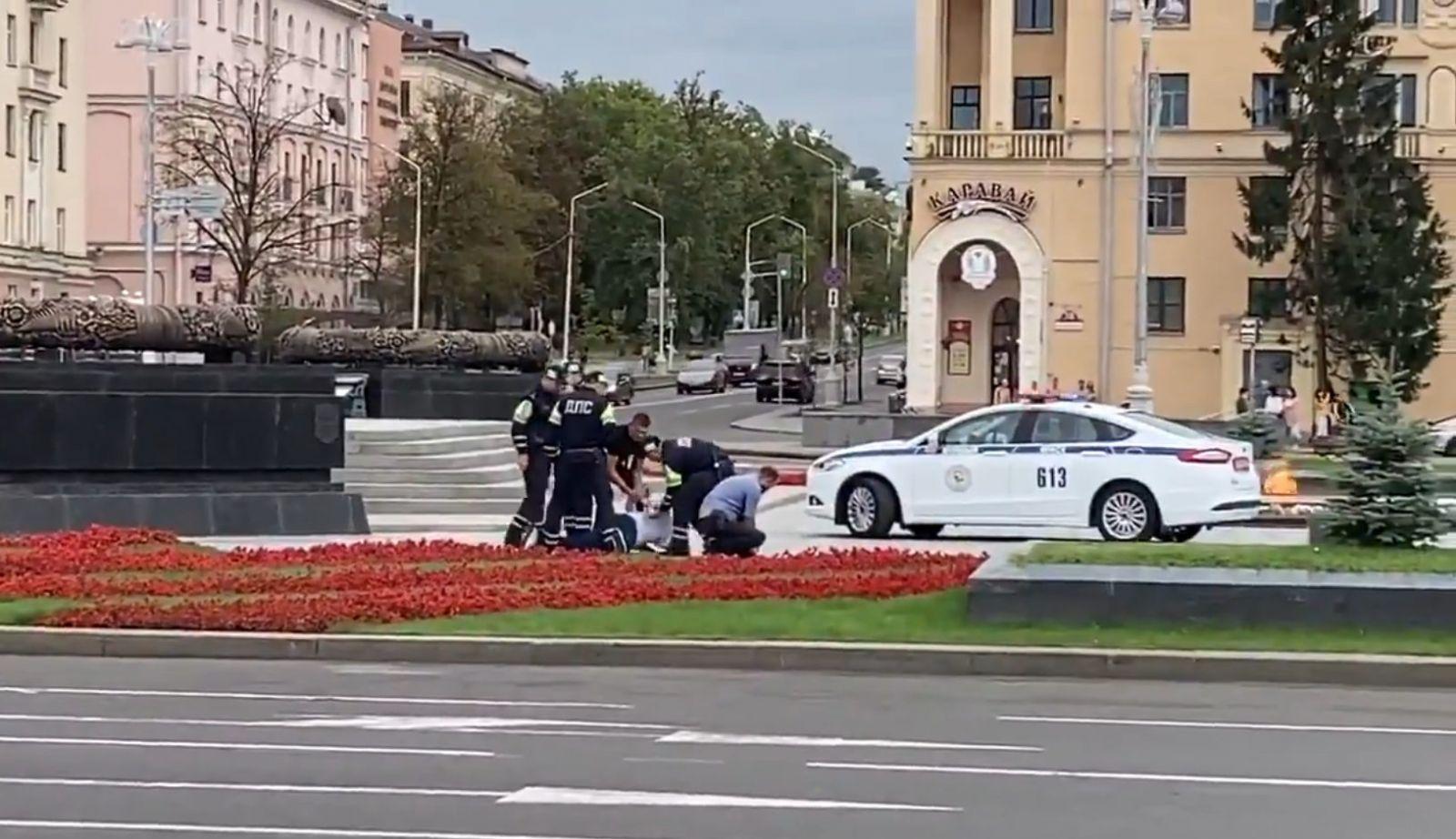 Двоих украинцев задержали в Минске