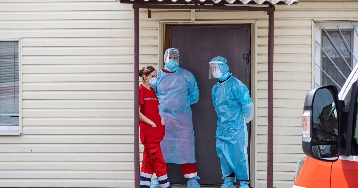 Статистика коронавируса в Украине на 15 сентября: почти 3000 новых случа...