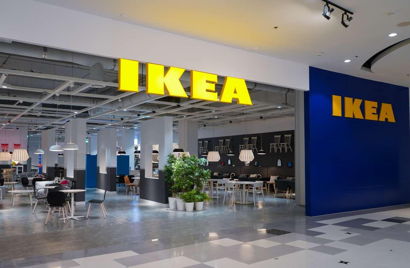 IKEA в Украине все еще не может продолжить работу: слишком высокий спрос
