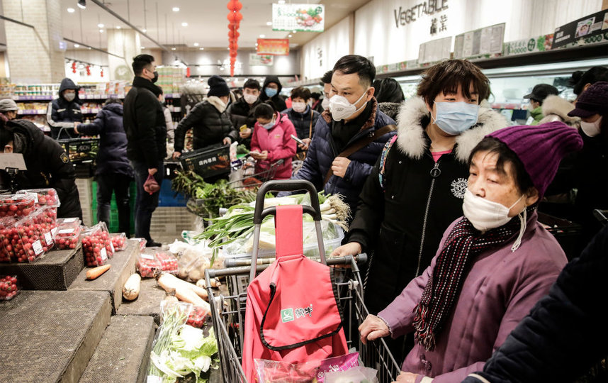 Паника вокруг коронавируса. В Гонконге грабители украли 600 рулонов туал...