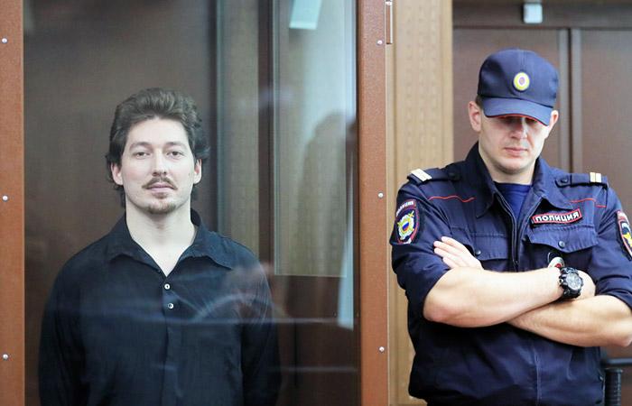 Тверской суд дал три года колонии протестующему, который тронул за шлем росгвардейца
