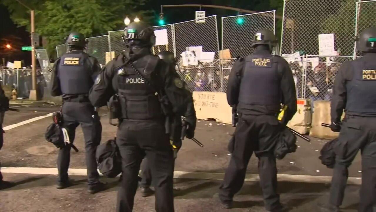 Полиция Портленда получила $5,3 миллиона за сверхурочную работу