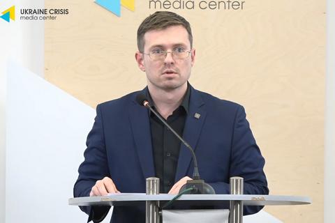 Прилетевших из Китая украинцев не станут отправлять на карантин,  – Минз...