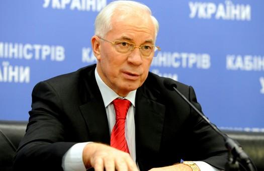 Азаров: повышение коммунальных тарифов спасет Украину