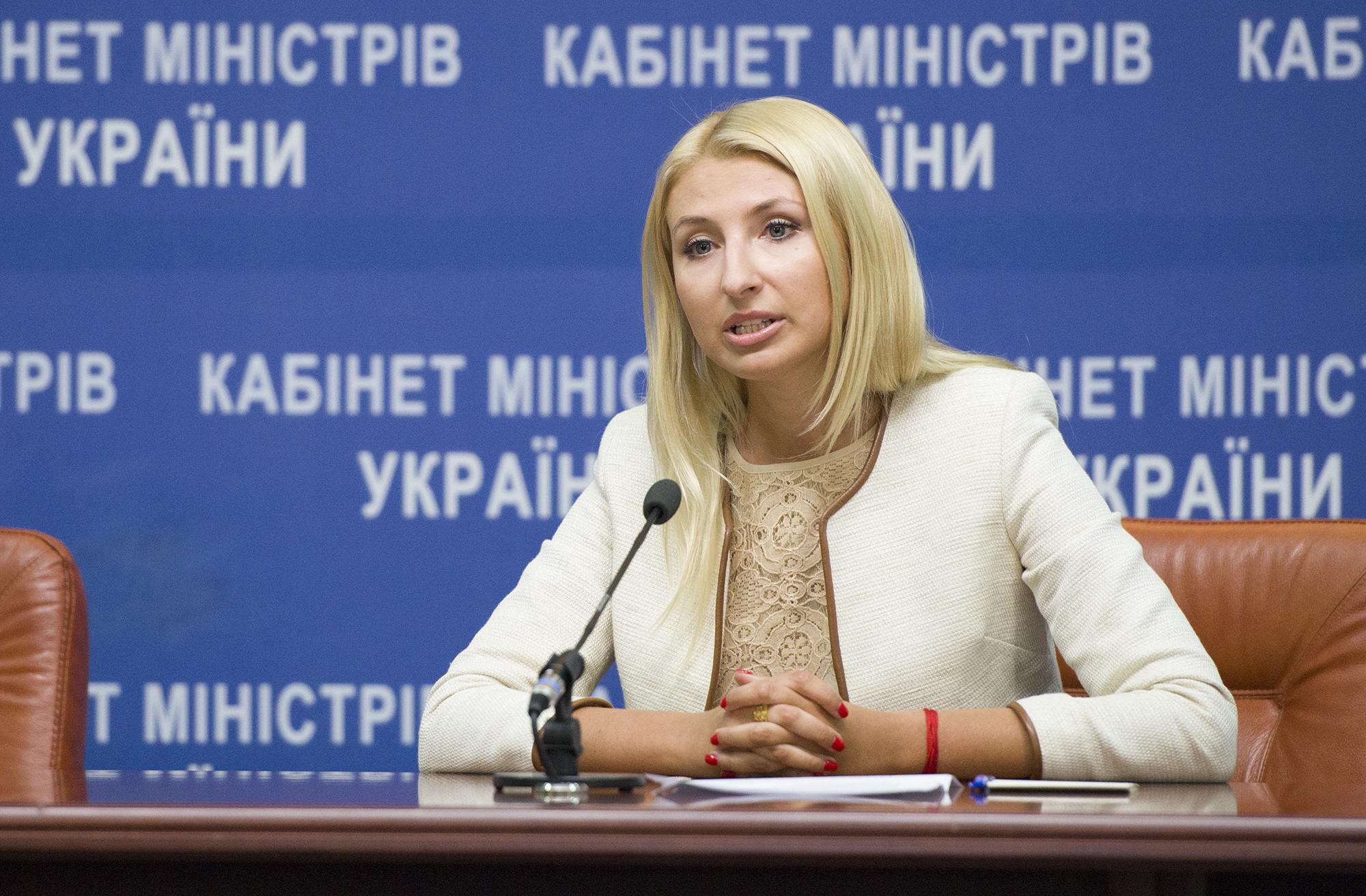 Кабмин предложил сократить в два раза срок госрегистрации печатных СМИ