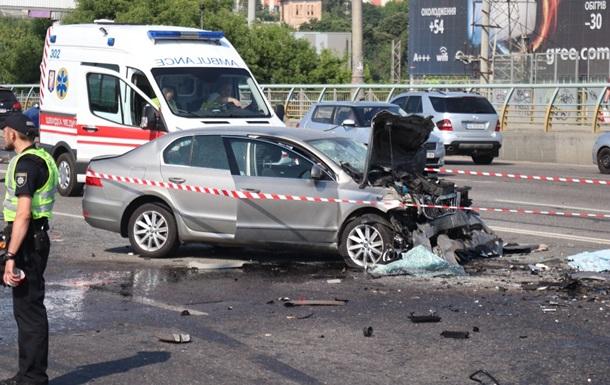 В Киеве в крупном ДТП погибли четыре человека
