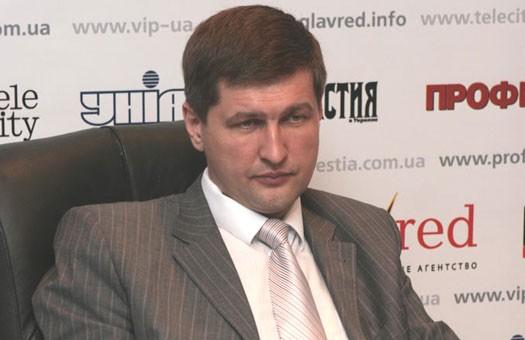 Ющенко будет агитировать только в нерабочее время, - Попов