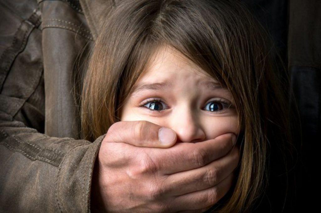 Петиция за ужесточение наказания педофилов в Украине набрала необходимое...