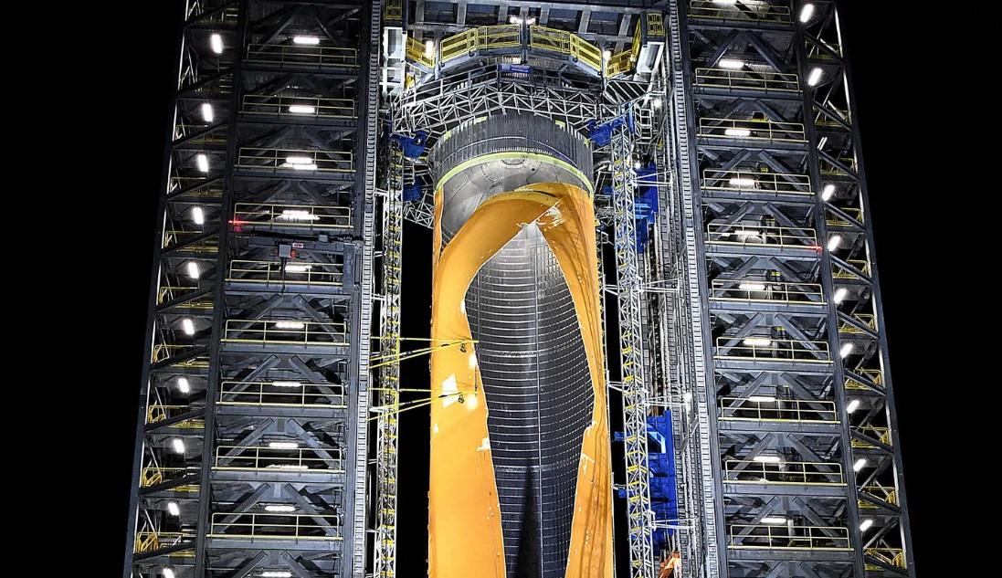 Большой взрыв от NASA: агентство проделало дыру в крупнейшем топливном б...