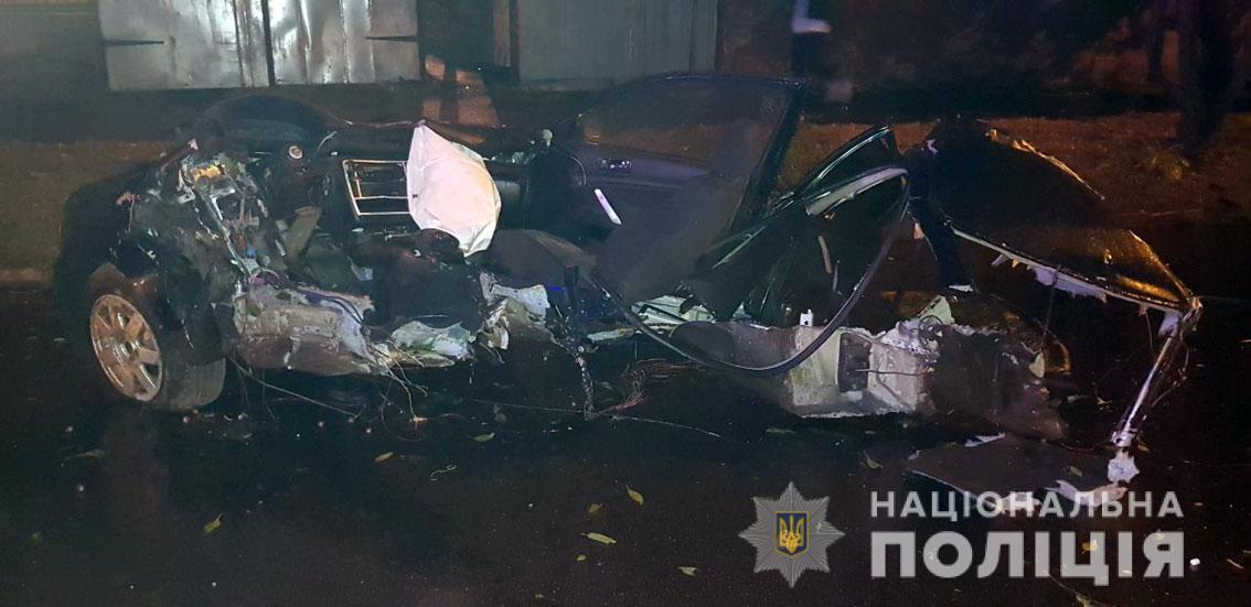 В Чернигове в аварии погибли 4 подростка: автомобиль разорвало на части