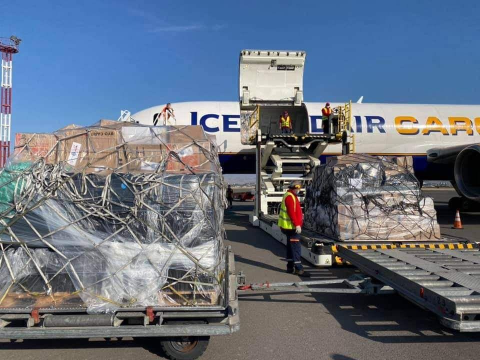 В Армению прибыло 20 тонн гуманитарной помощи из Лос-Анджелеса