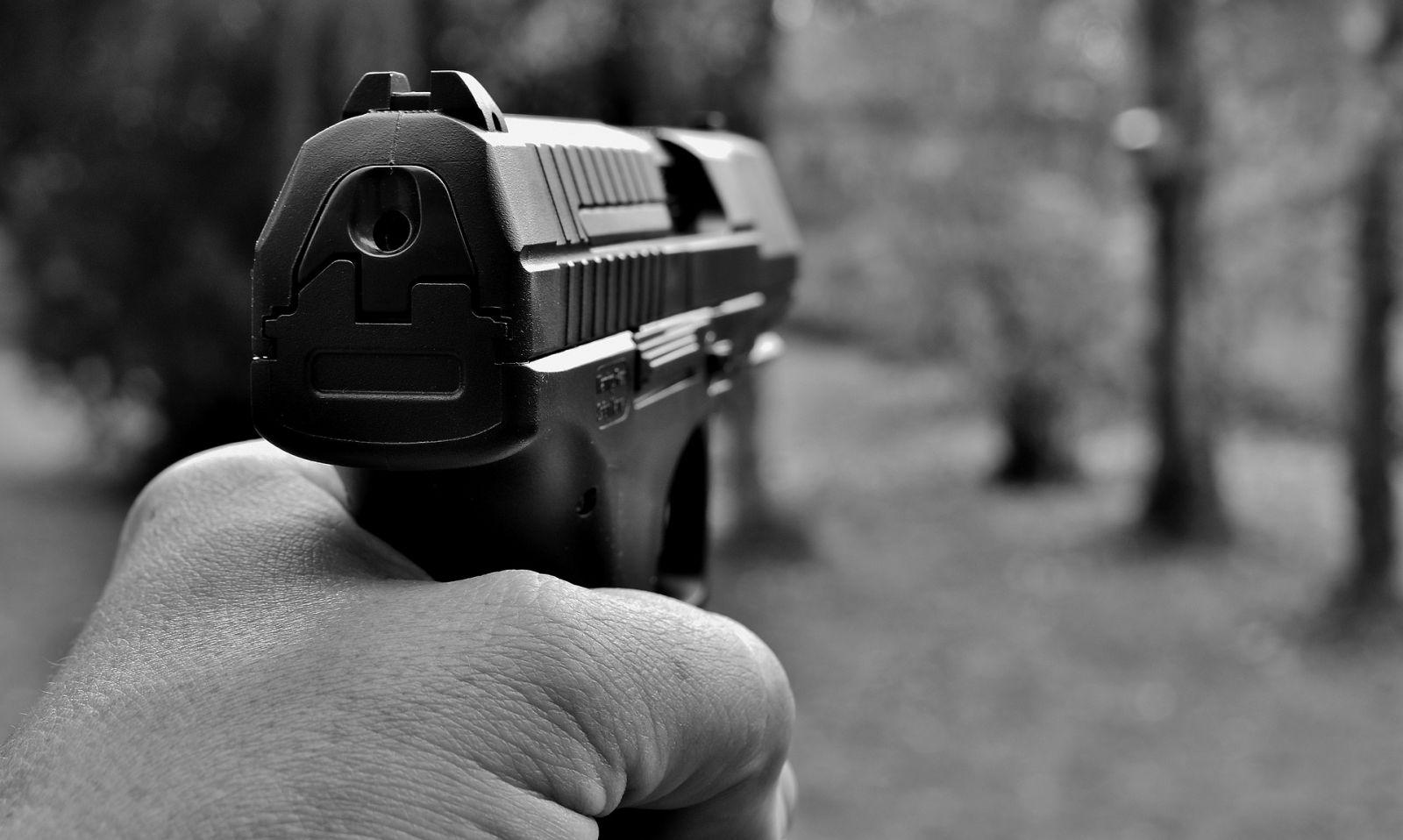Не дал сдачу: в Николаеве пассажир обстрелял маршрутчика