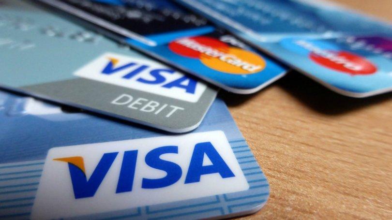 Семейная пара из США спустила 120 тысяч долларов, перечисленные банком п...