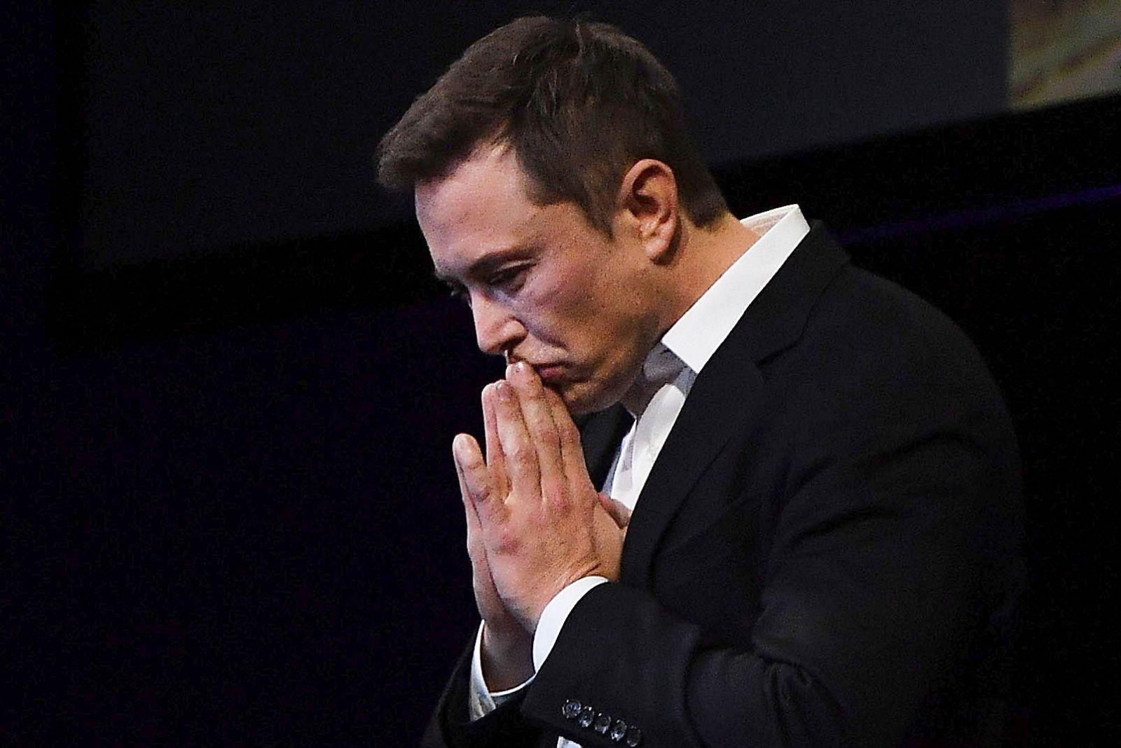 Илон Маск входит в тройку самых богатых людей мира