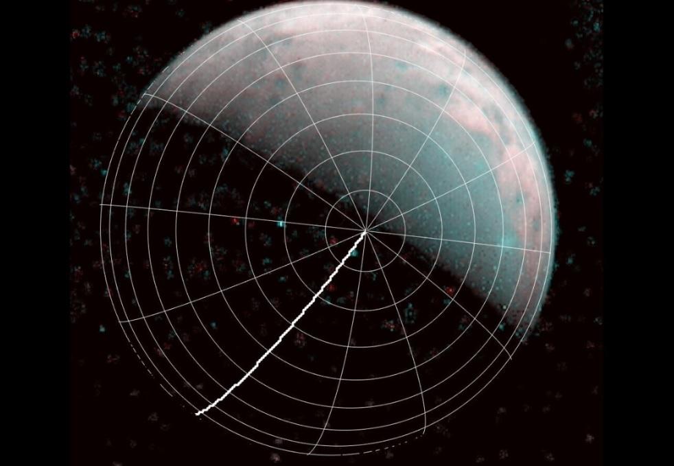 """Зонд """"Юнона"""" нашел на северном полюсе Ганимеда лед, похожий на стекло"""