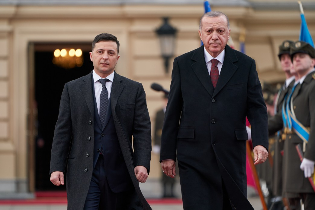 Зеленский после встречи с Эрдоганом поручил СБУ разобраться со сторонник...