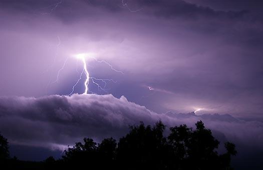 В разрядах молнии обнаружена антиматерия