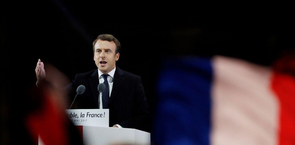 Президент Франции собрался структурировать ислам