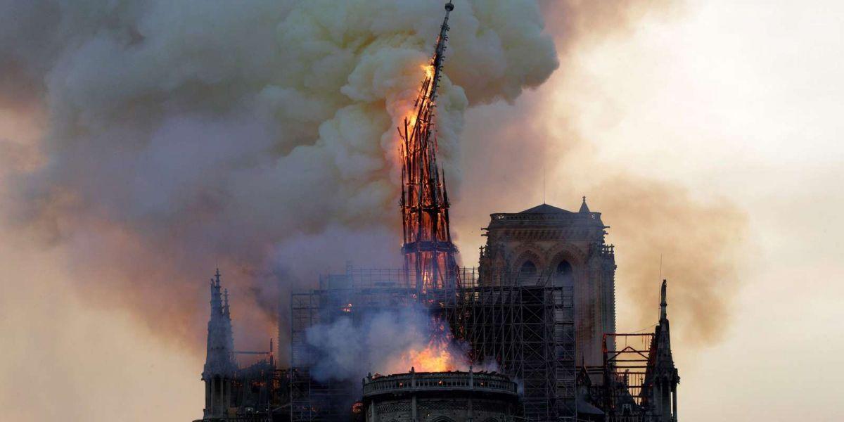 Пожар в Нотр-Дам: парижан предупредили о загрязнении свинцом