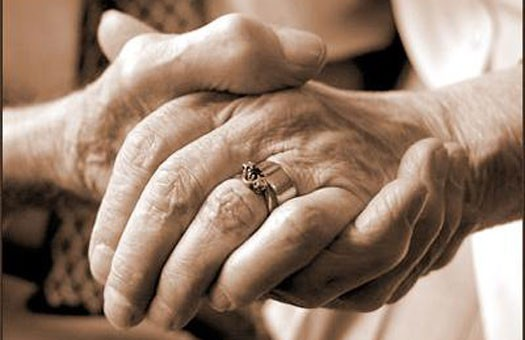 135-летнюю турчанку лишили пенсии. Решили, что столько не живут