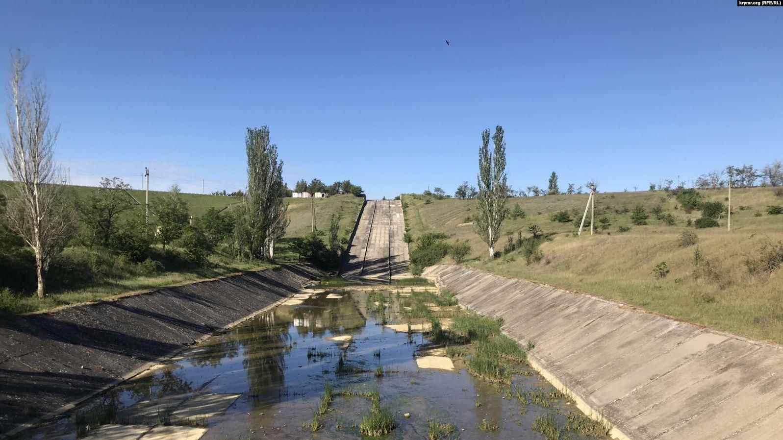 Засуха в Крыму: командование ООС усилило охрану водной инфраструктуры на...